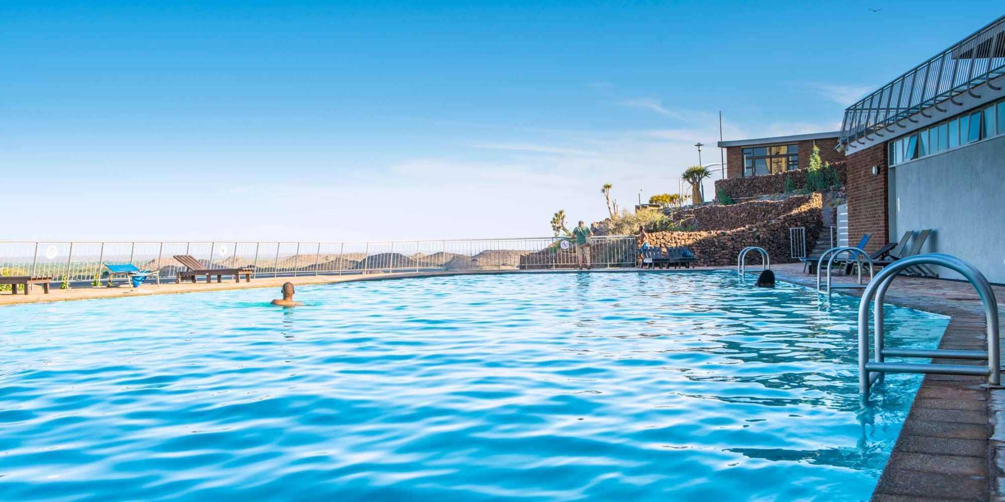 Hardap Swimming Pool 02 © NWR 2018