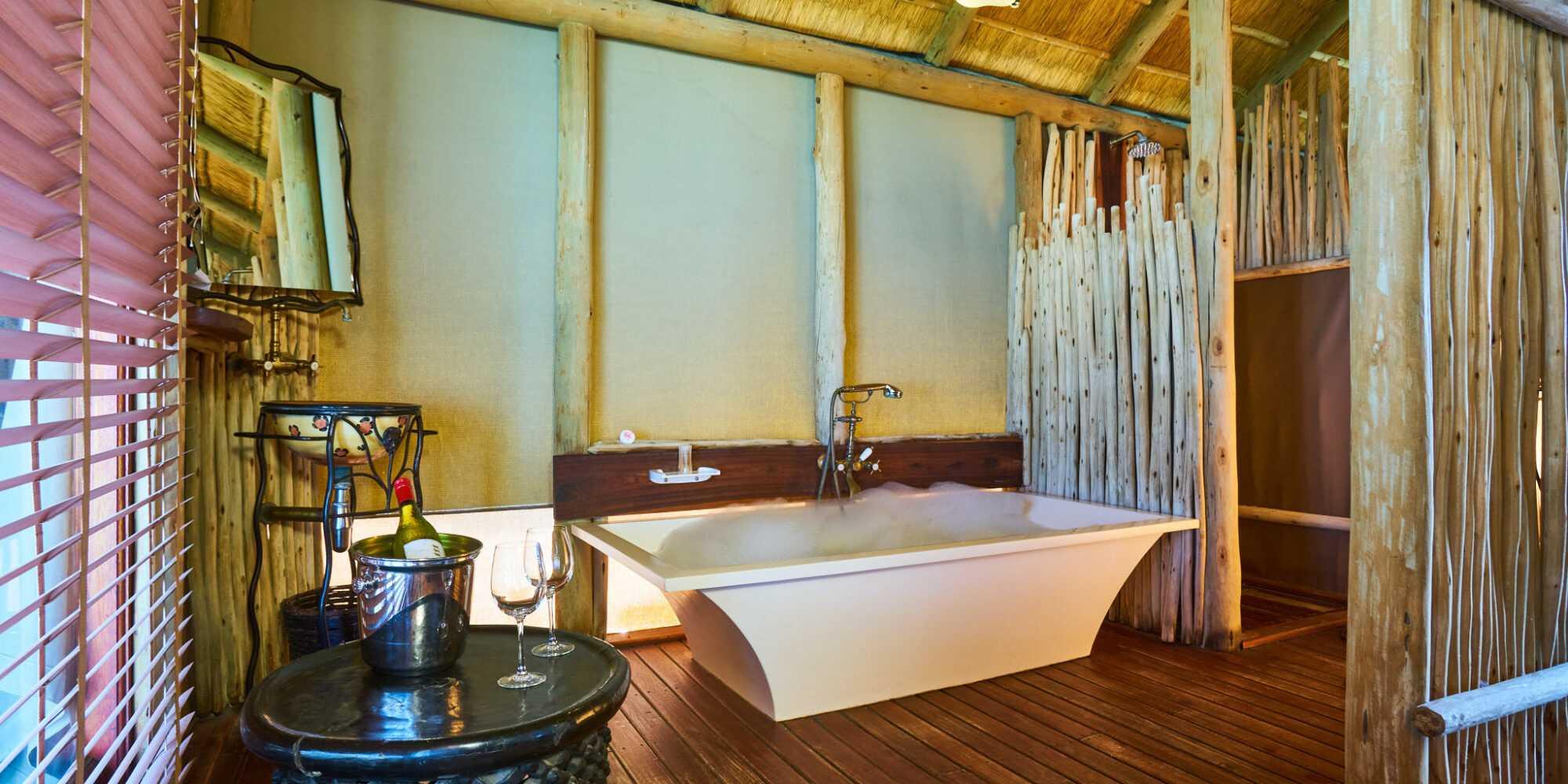 NWR Onkoshi Camp Honeymoon Chalet 066