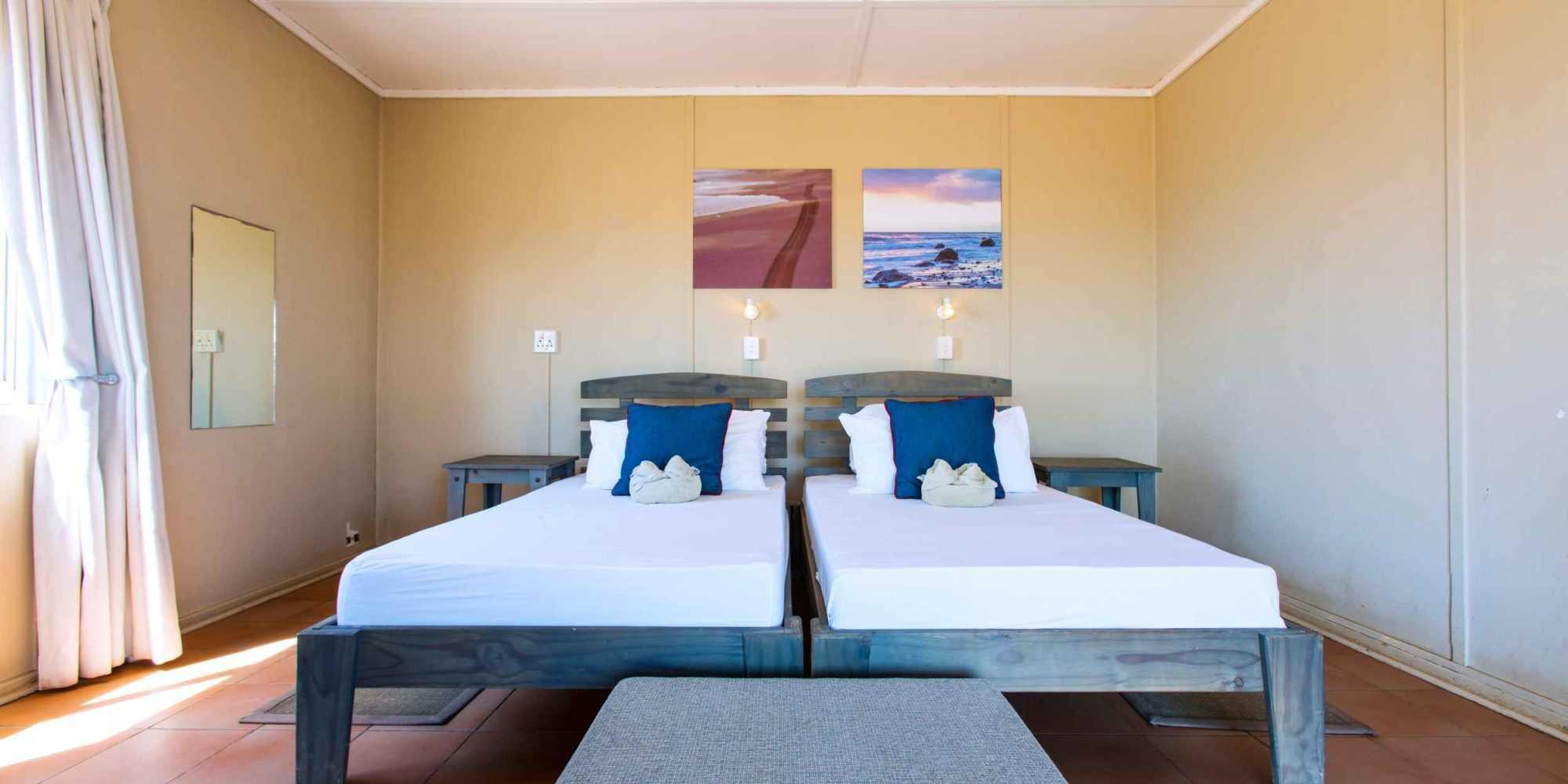 Terrace Bay Double Room 01 © NWR 2018
